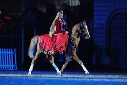 La fête des 60ans de règne de la reine d'Angleterre avec un cheval Karabakh